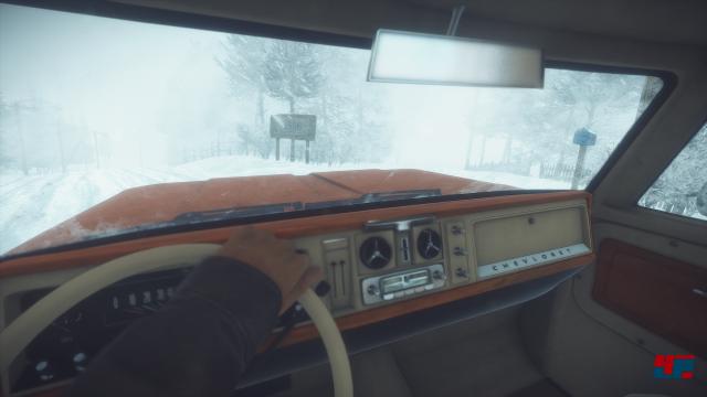 Man verbringt viel Zeit im Auto, kann es als Lager nutzen und aktiv fahren. Aber Vorsicht: Dort wärmt man sich nicht auf...