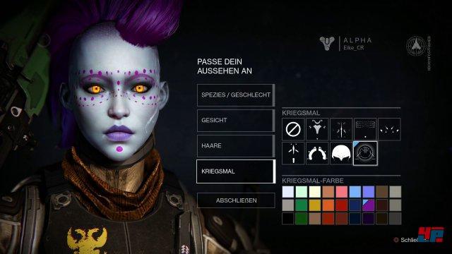 Im Charakter-Editor wird der eigene Hüter erstellt.