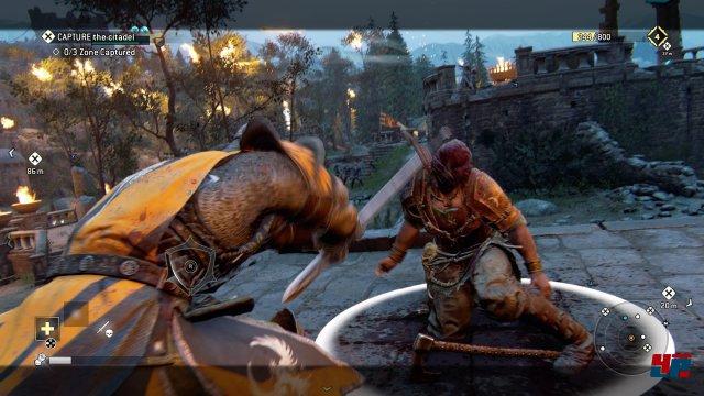 Ubisoft inszeniert taktisch interessante und brachiale Scharmützel und Duelle.
