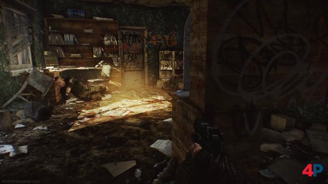 """Auch Innenräume kann die Unity-Engine (!). Hier: Office Window, ein Extraktionspunkt der Map """"Factory""""."""