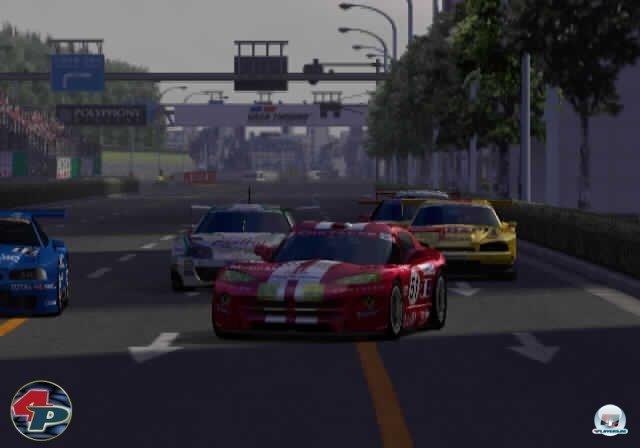 <b>Gran Turismo 3: A-Spec (2001, PlayStation 2) </b><br><br> Nach einem traumhaften Konsolen-Start, aber nur wenigen Highlights, bescherte Polyphony Digital der PS2 ihren ersten Pflichtkauf: