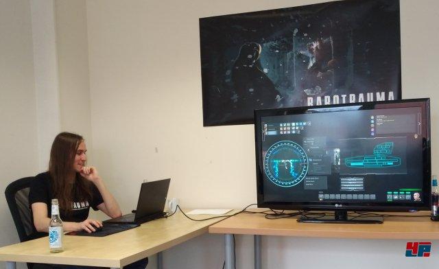Lead-Developer Joonas Rikkonenbeim hatte sichtlich Spaß an der Präsentation seiner ausgetüftelten Gemeinheiten.