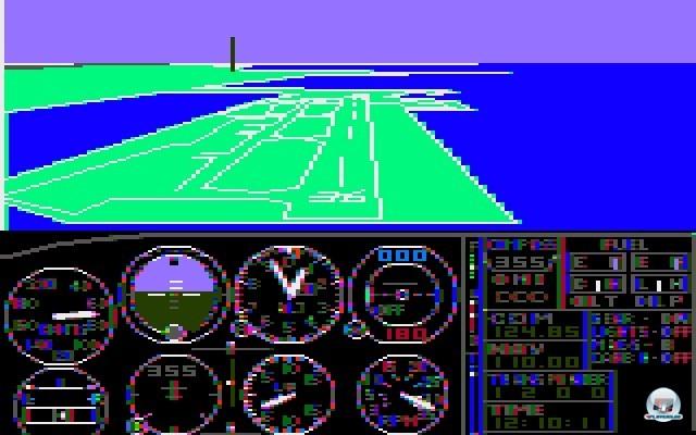 <b>Microsoft Flight Simulator</b> <br><br> Auch Microsoft bekam Wind vom Erfolg des Titels und schnappte sich die Rechte für eine MS-DOS-Umsetzung: Der Microsoft Flight Simulator 1.00 von 1982 setzte den Ausflug in die Lüfte noch hübscher um. Es durfte über Boston, New York, Los Angeles Seattle und Chicago geflogen werden - außerdem ließen sich bereits Wetter und Jahreszeiten einstellen. Wer das Szenario flüssig und in Farbe sehen wollte, brauchte allerdings eine CGA-Grafikkarte und einen Color-Composite-Monitor. 2241048