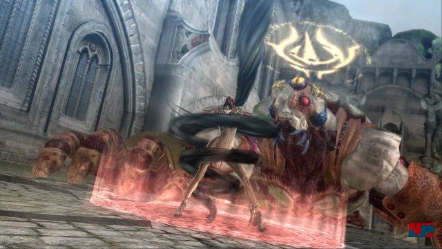 Bayonetta geizt nicht mit ihren Reizen.