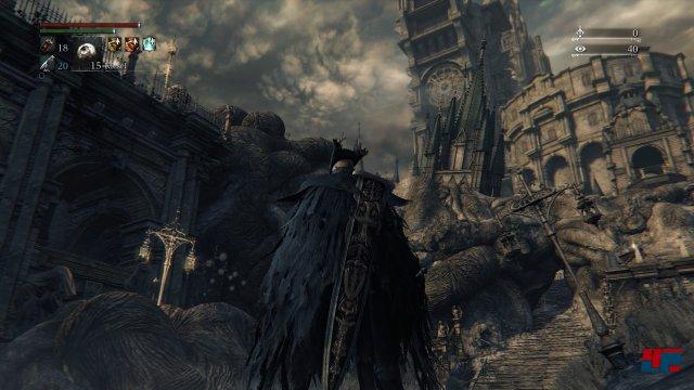 ...dreht man sich um, erblickt man eine komplett überwucherte Kulisse. Screenshot - Bloodborne (PlayStation4) 92516809