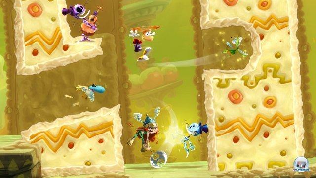 Bis zu vier bzw. fünf Spieler (Wii U) können unkompliziert ins Spiel ein- oder aussteigen. Da man sich gegenseitig immer wieder rettet, wird es trotz Hektik einfacher.