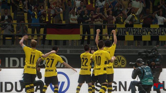 Screenshot - Pro Evolution Soccer 2018 (360) 92552515