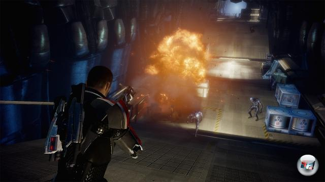 <b>Mass Effect 2:</b><br><br>Solange wieder lesbische Aliens drin sind, ist der Platin-Award so gut wie sicher. Würde man Kratos irgendwie in Mass Effect reinbekommen, wäre das Ergebnis wohl nur mit »teh pure awesomez0r!!1« zu beschreiben. Hm. Mal BioWare anschreiben... 1986093