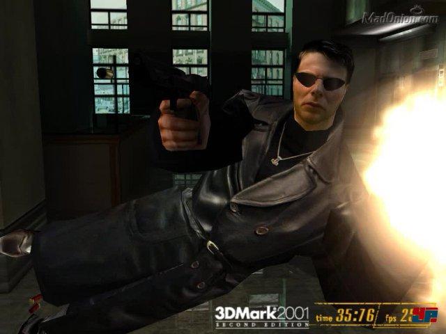 Auf dem Weg zu Max Payne zeigte der 3DMark 2001 in der Hotellobby-Szene, wie Bullet Time aussehen kann.