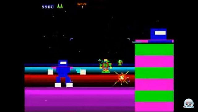 <b>Blaster</b> <br><br> Blaster ist der Opa der Rail-Shooter. Der Arcade-Automat wurde von Defender- und Robotron-Schöpfer Eugene Jarvis für Atari entwickelt, aber erst 1983, also im Jahr des großen Video-Spiele-Crashs, von Williams in die Spielhalle gebracht. Nur drei Exemplare der wild blitzenden Weltraum-Action wurden hergestellt. Wer das extrem rare Spiel trotzdem ausprobieren möchte, kann das z.B. auf der Oldie-Sammlung Midway Arcade Treasures für PS2, Xbox und Gamecube. Ganz nebenbei war es einer der ersten Titel, welcher mit dem Zoomen von 2D-Bildern einen 3D-Effekt erzeugte. 2234698