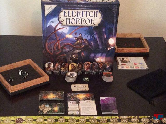 Eldritch Horror ist komplett auf Deutsch beim Heidelberger Spielverlag erschienen. Es kostet knapp 40 Euro und ist für einen bis acht Spieler ausgelegt.