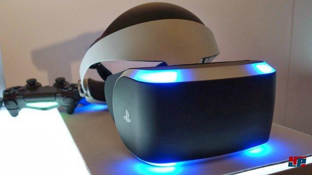 Morpheus ist schick, sitzt gut auf dem Kopf und hat ein ordentliches Display. Allerding ist der Blickwinkel etwas kleiner, als bei Oculus Rift.