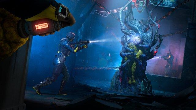 Geht ein Operator im Einsatz verloren, muss man ihn in einer separaten Mission wieder aus den Klauen des Parasiten-Volks befreien.
