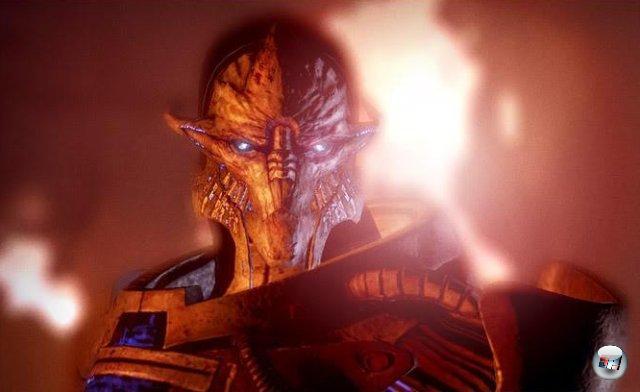 <br><br>Ein neuer Feind tut sich hervor: Saren. Shepard erhält den Auftrag, den abtrünnigen Spectre aufzuhalten. Dazu muss er drei Orte bereisen - Feros, Noveria und den Artemis Tau Cluster. Nach dem Besuch des zweiten Planeten erhält er die Mission, nach Virmire zu fliegen, wo er auf Saren trifft - der sich allerdings als Diener einer viel gefährlicheren Macht entpuppt: Sovereign, einer künstlichen Intelligenz, die organisches Leben verabscheut und in Form eines mächtigen Raumschiffs durch die Galaxien reist. 2051263