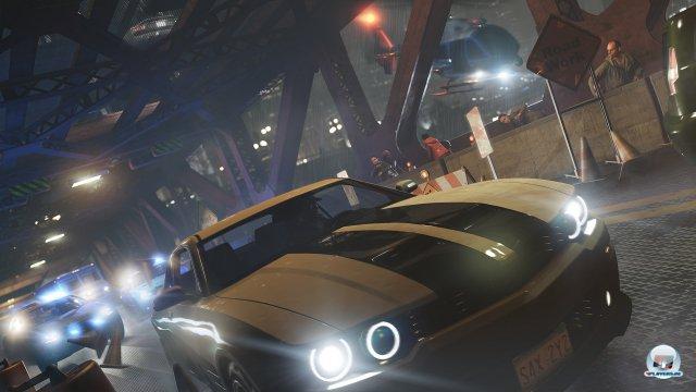 Das Fahrverhalten der Boliden ist eher auf Arcade getrimmt.