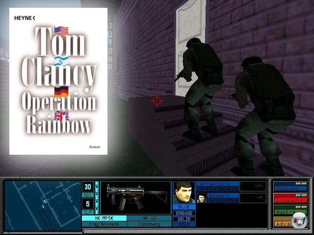 <br><br><b>Rainbow Six</b> (Tom Clancy, 1998)<br><br>Die u.a. von Tom Clancy gegründete Spielefirma Red Storm Entertainment arbeitete 1998 an einem Spiel, in dem eine Spezialeinheit Terroristen bekämpft. Da Clancy zum selben Zeitpunkt an einem Roman schrieb, der den gleichen Tenor pflegte, entschloss man sich, das Spiel um das Buch herum zu stricken. Das Resultat war dann Rainbow Six, was gleich zwei Besonderheiten aufwies: Erstens war das Spiel vor dem Buch fertig. Und Zweitens begründete dieser Titel das Genre des Taktik-Shooters, auch wenn sich die Reihe mittlerweile größtenteils wieder davon entfernt hat. Außerdem war dieses Spiel der Grundstein für weitere hocherfolgreiche Tom Clancy-Reihen wie Splinter Cell und Ghost Recon. 2056828