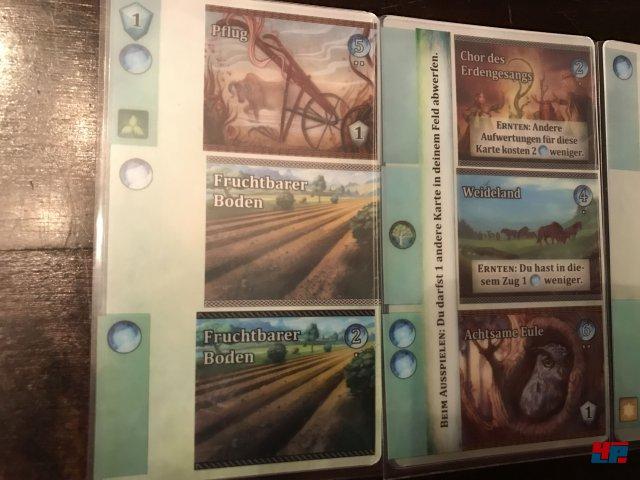 Wer kann die effizientesten Kombos aus drei Karten sammeln?