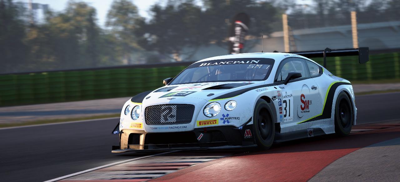 Simulativer Motorsport für GT3-Fans