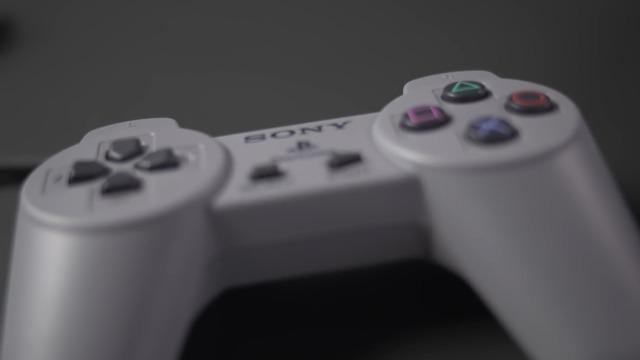 Auspacken einer Original-PlayStation